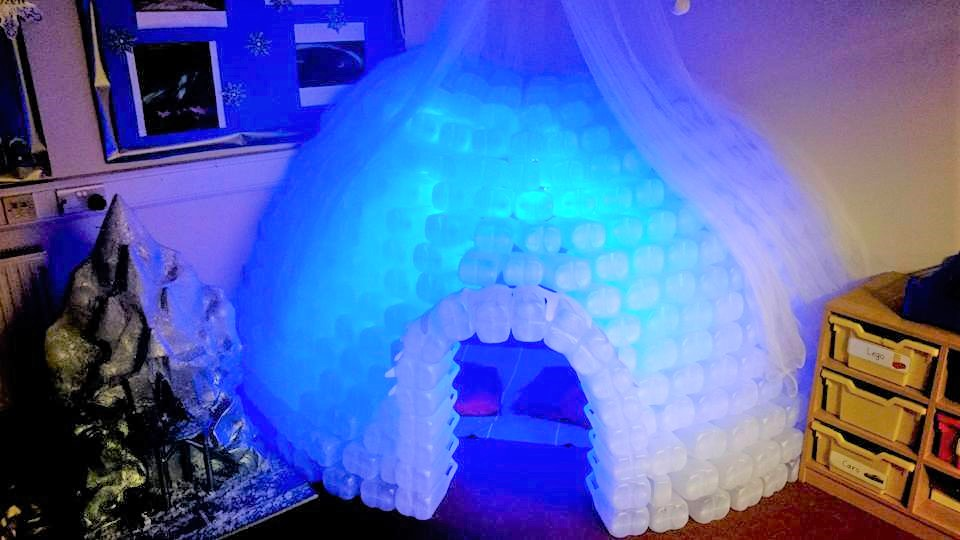 how to make an igloo out of milk bottles